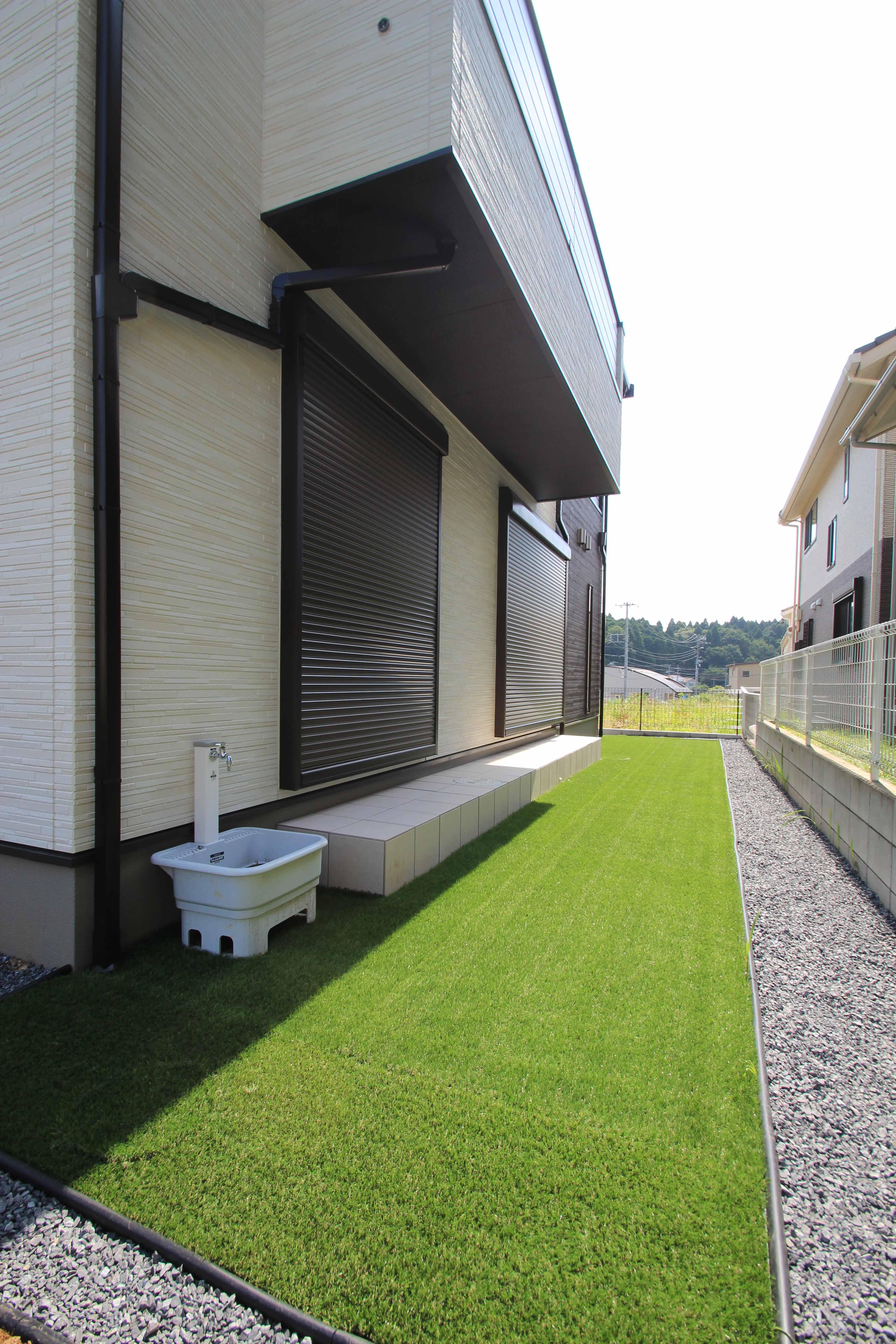 千葉市緑区。<br>アンティークテイストのアプローチ。14