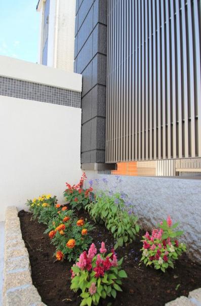 千葉市緑区おゆみ野南。<br>モダンな外構が完成しました9