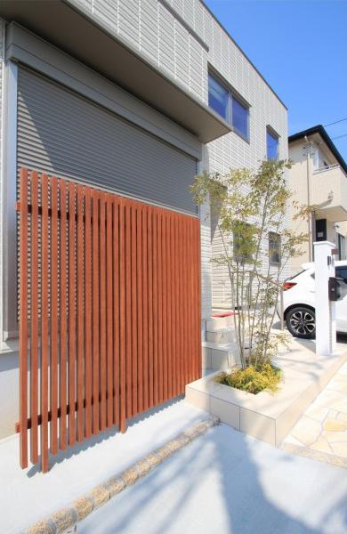 千葉市中央区にて。へーベルハウスさんのモダンエクステリアです。7