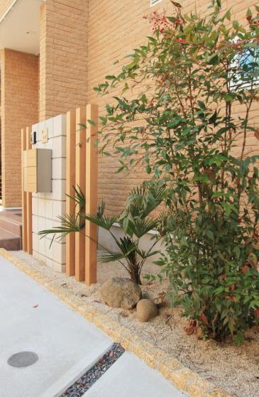 北側の玄関を和モダンな明るい印象に<br>葛飾区O様邸7