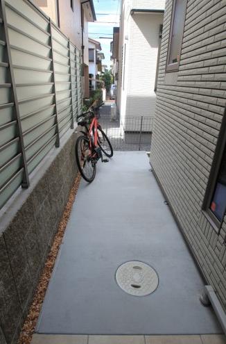 千葉県浦安市にて。ライトアップが素敵。リゾートなモダンエクステリア。13
