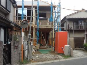 モダンな石畳のアプローチ<br>船橋市H様邸4