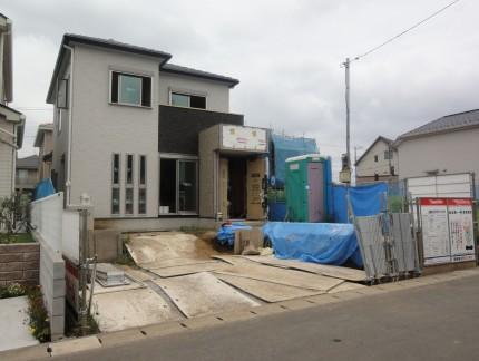 大きなカーポートがある家<br>松戸市H様邸5