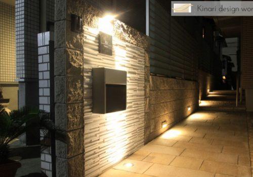 >千葉県浦安市にて。ライトアップが素敵。リゾートなモダンエクステリア。
