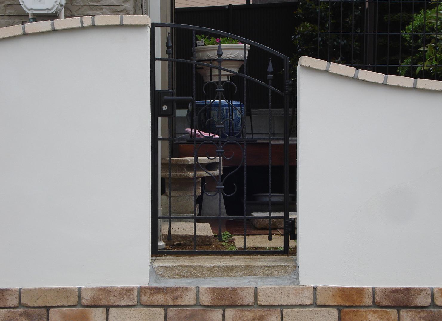 曲線の壁<br>江戸川区K様邸11