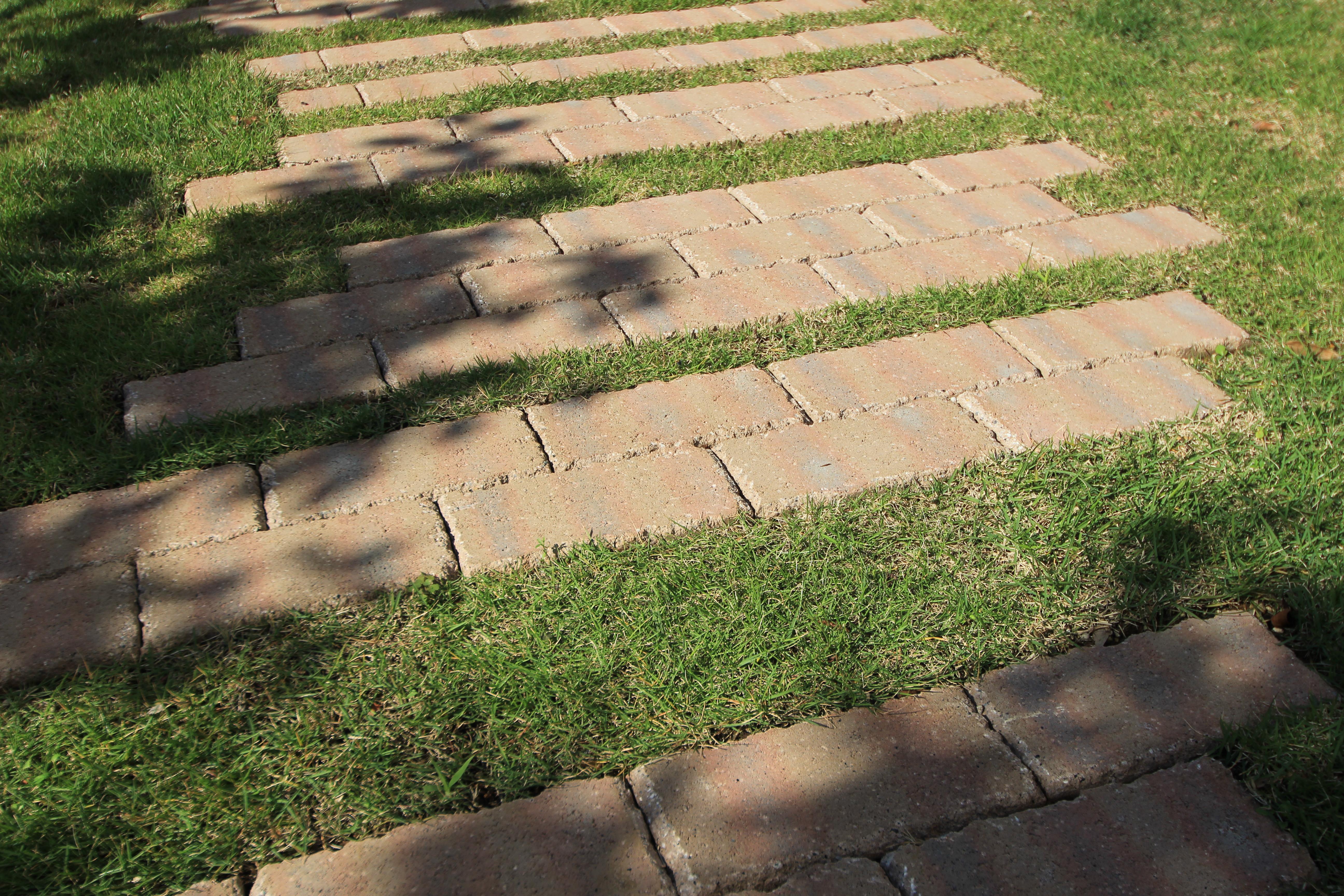 自然石を上品にあしらったプライベートガーデン。松戸市S様邸21