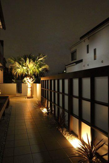 千葉県 <br>秋の気配に誘われた贅沢なひと時。<br>最旬な上質素材でしなやかに。28